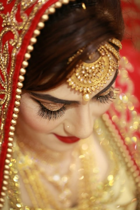 Golden Lashes! by Creative Clicks  Wedding-photography Bridal-jewellery-and-accessories Bridal-makeup | Weddings Photos & Ideas