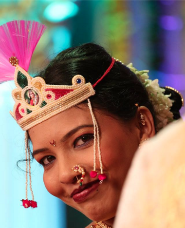 Happy Bride posing for the camera by Om Sai Computers / Chetan Shinde Photography  Wedding-photography | Weddings Photos & Ideas