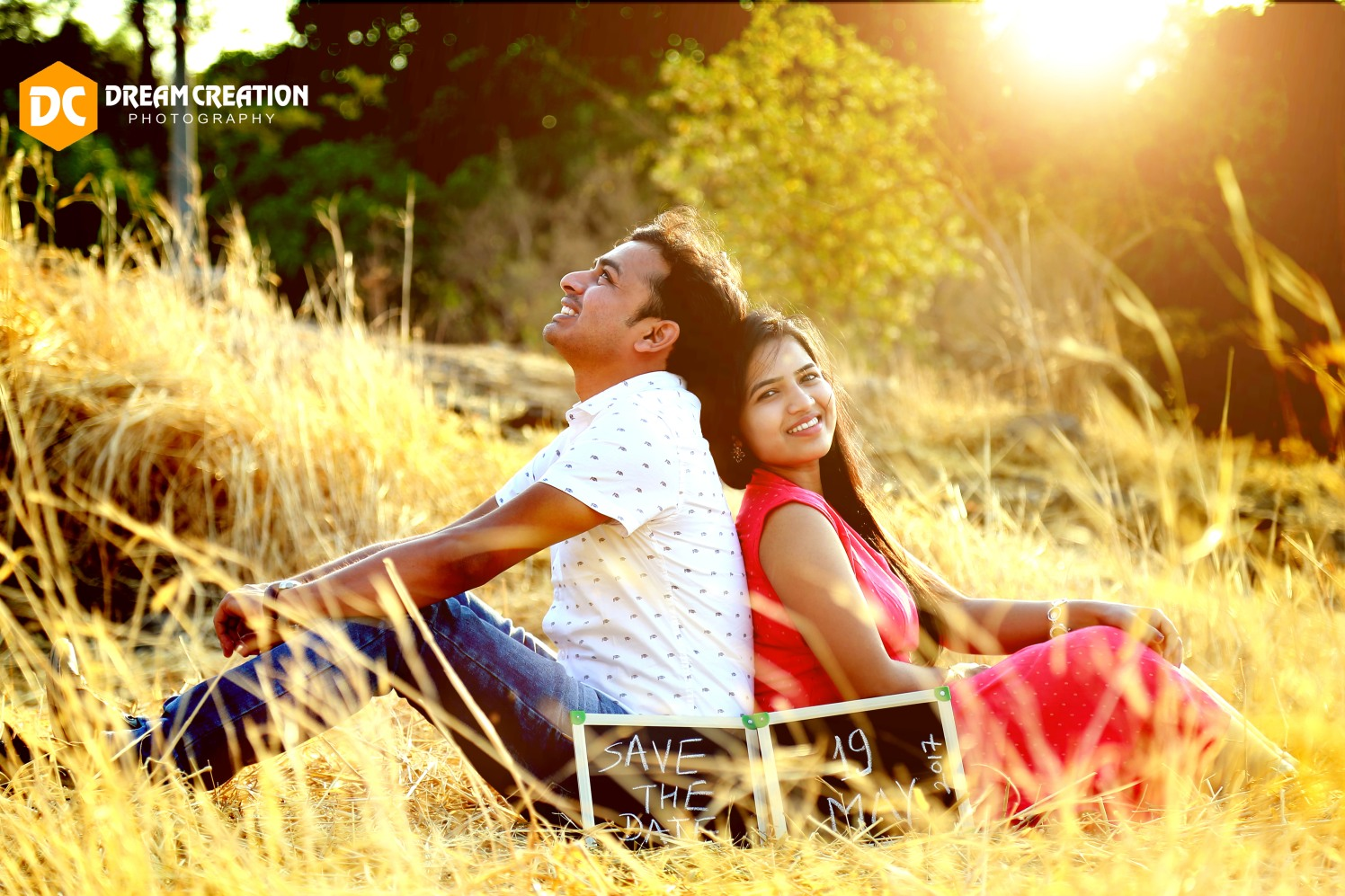 A romantic pose in the sun by Dream creation Omerga Wedding-photography | Weddings Photos & Ideas