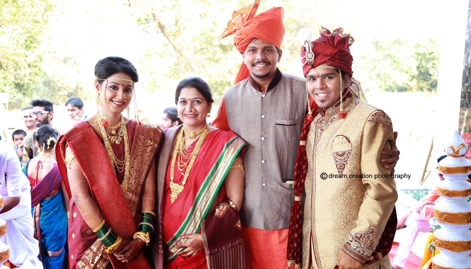 A stunning family picture by Dream creation Omerga Wedding-photography   Weddings Photos & Ideas