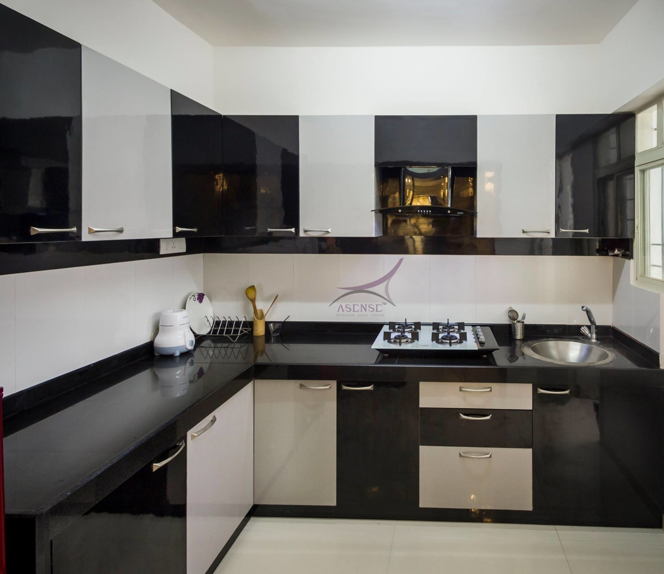 Black And White Themed Modular Kitchen by Snigdha Ghosh Modular-kitchen Contemporary | Interior Design Photos & Ideas