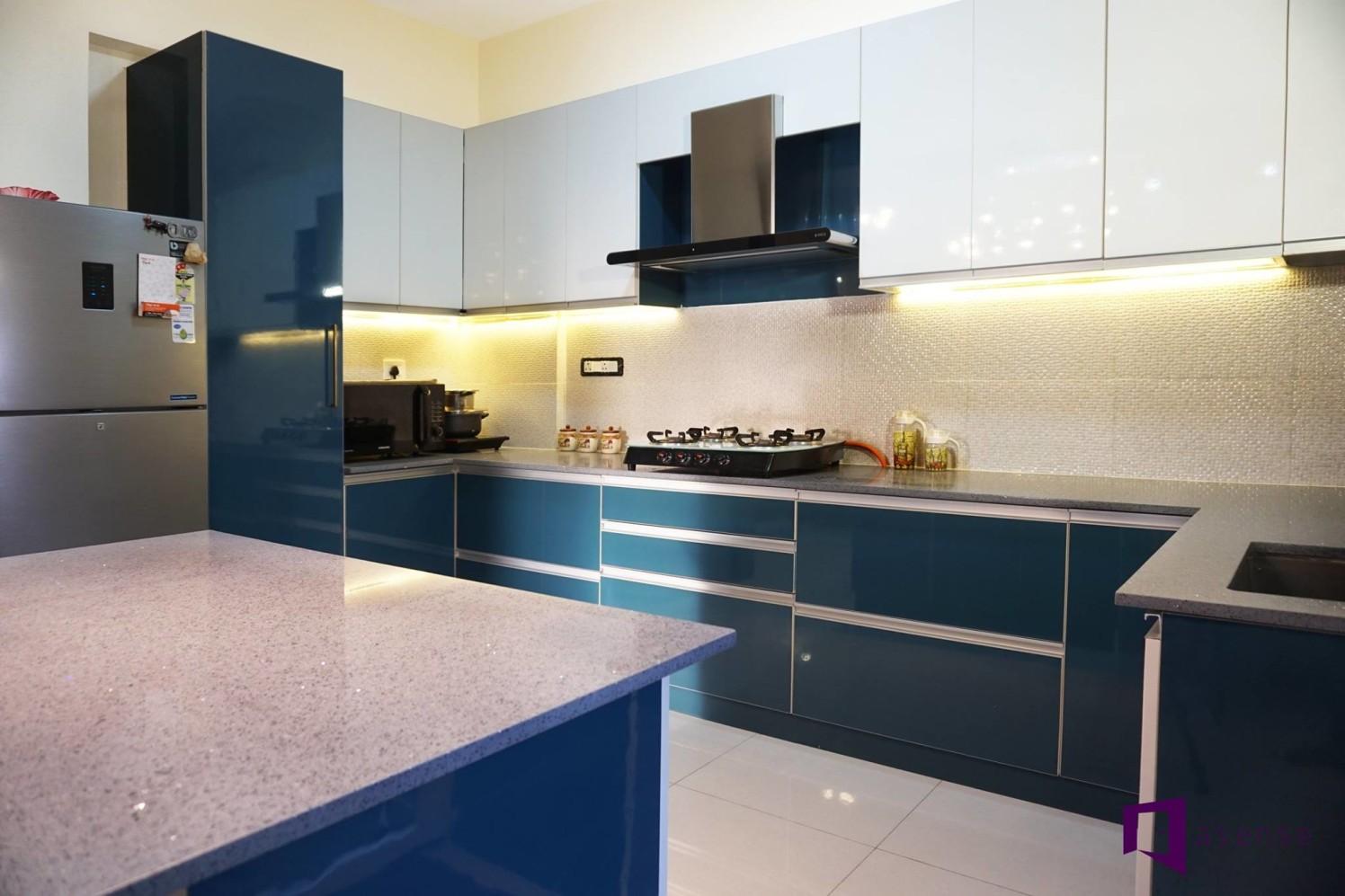 Blue And White Modular Kitchen by Snigdha Ghosh Modular-kitchen Contemporary | Interior Design Photos & Ideas