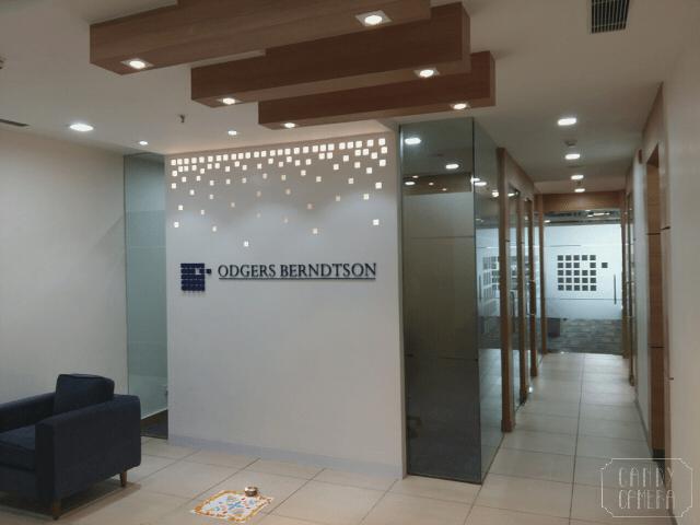Modern office lobby decor by Rajesh Kumar  Modern | Interior Design Photos & Ideas