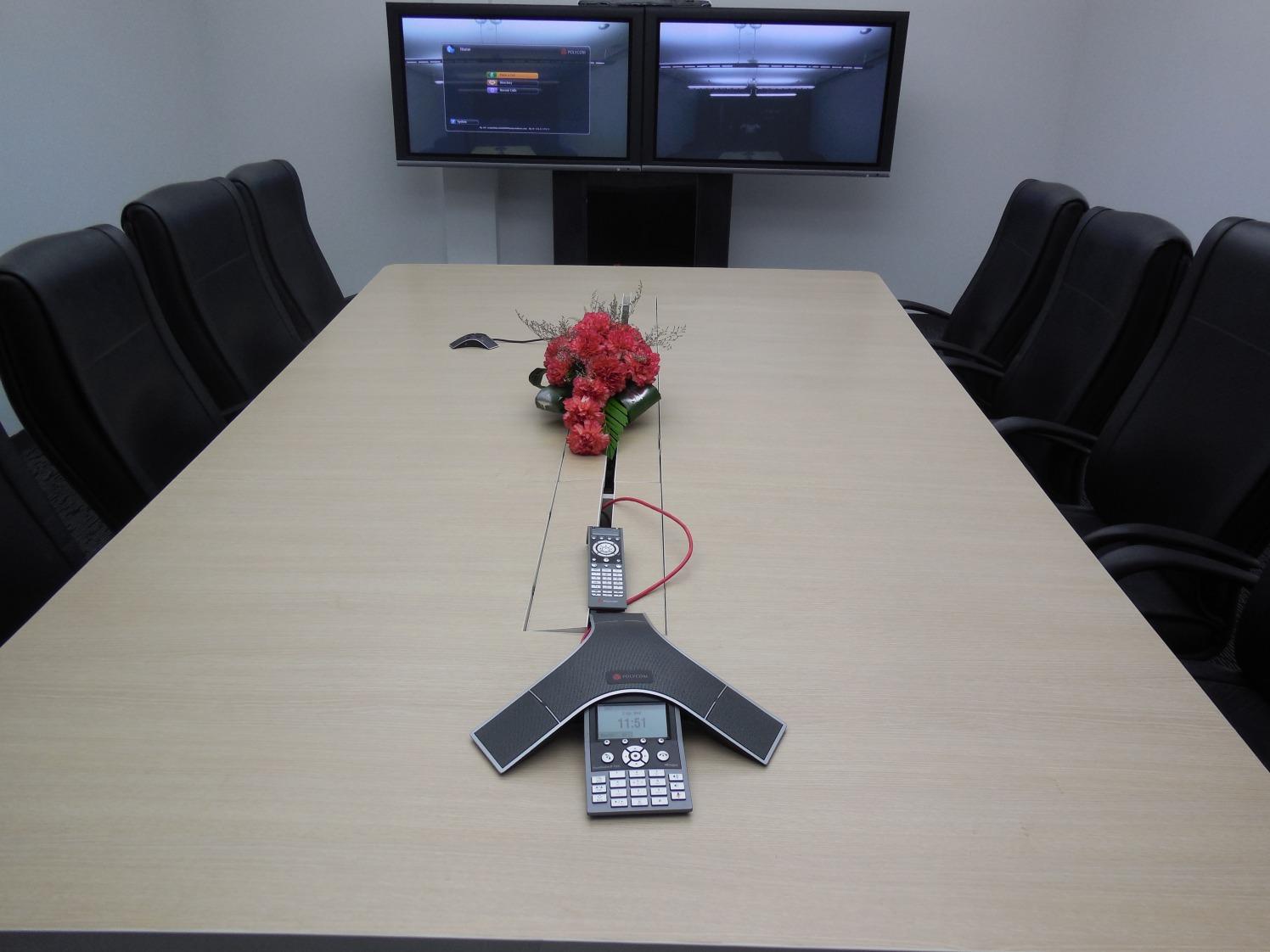 Modern conference room decor by Rajesh Kumar  Modern | Interior Design Photos & Ideas