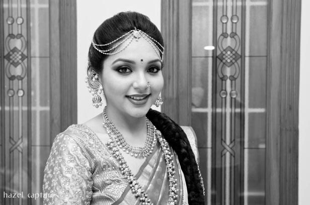 Black White Bridal Shot by Hazel Captures Wedding-photography | Weddings Photos & Ideas