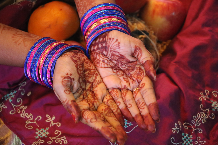 Beautiful mehandi designs coupled with beautiful bangles by Basundi Photography Wedding-photography | Weddings Photos & Ideas
