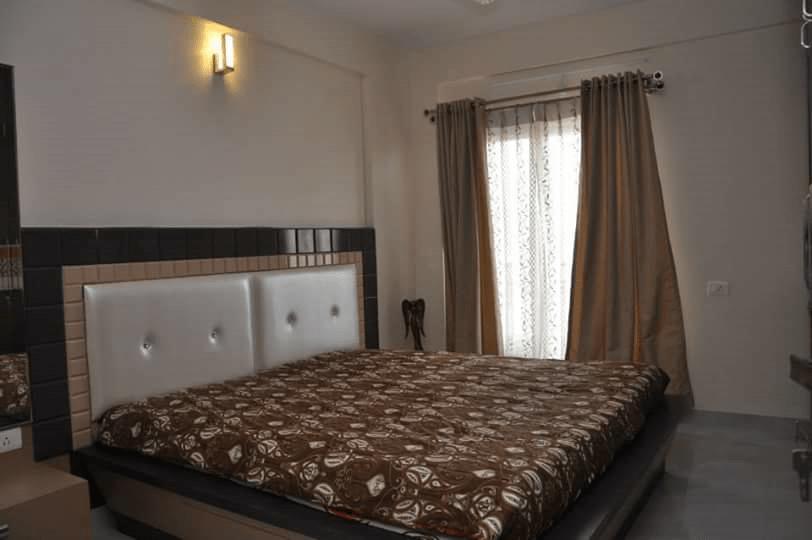 Plush master bedroom decor by Legend Interiors Bedroom Modern   Interior Design Photos & Ideas
