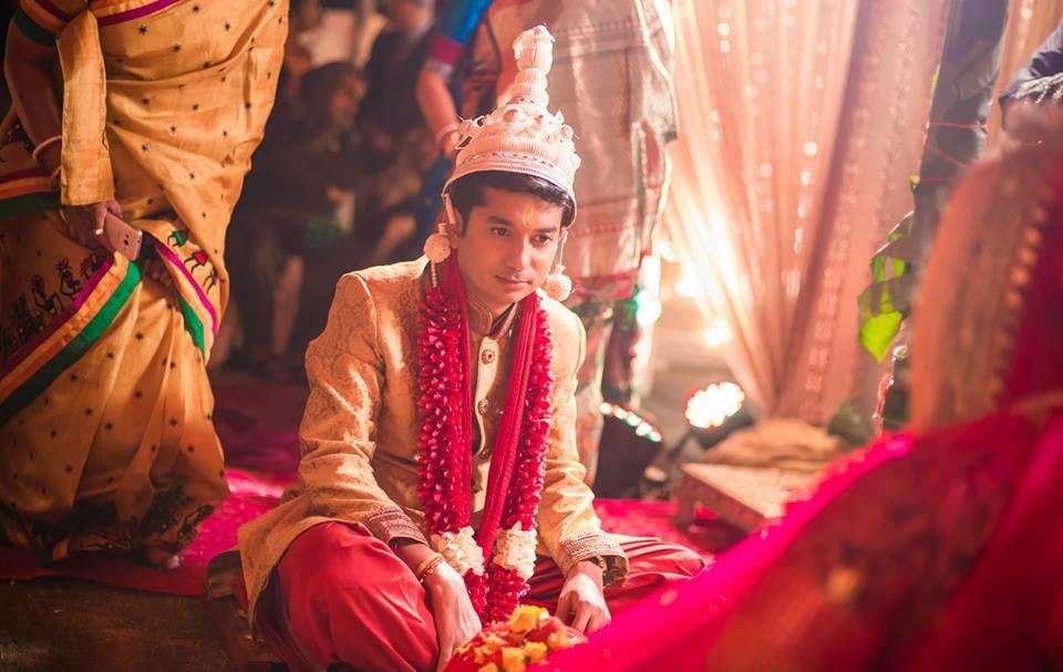 Ritualistic gaze! by Kuntal Mukherjee Photography Wedding-photography | Weddings Photos & Ideas