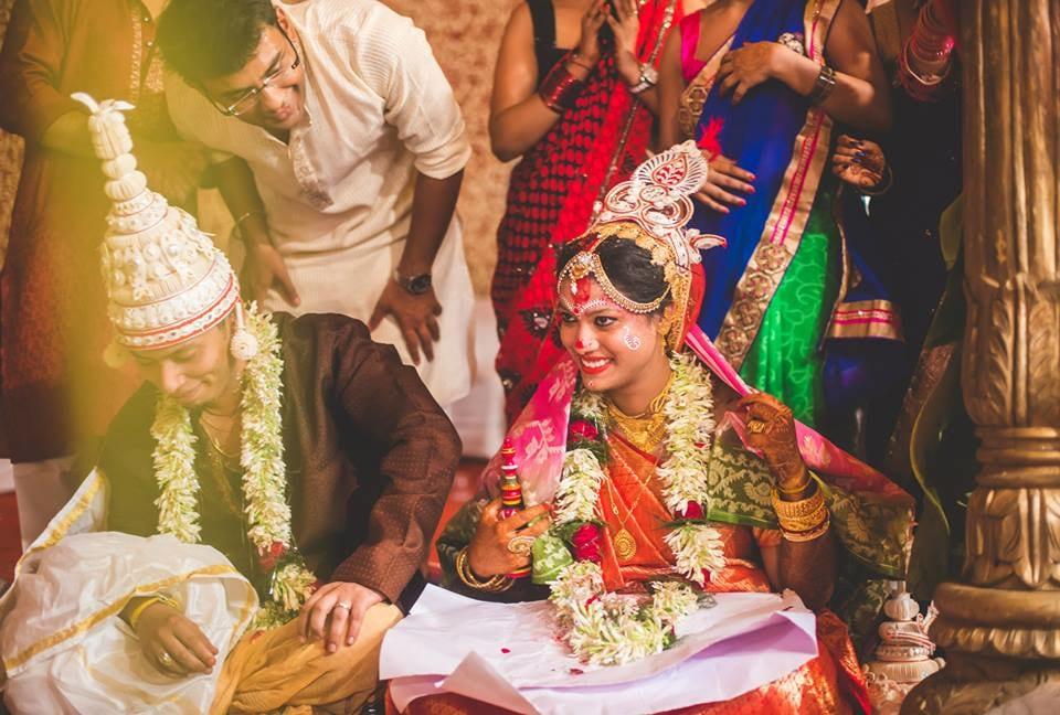 A traditional gaze! by Kuntal Mukherjee Photography Wedding-photography | Weddings Photos & Ideas