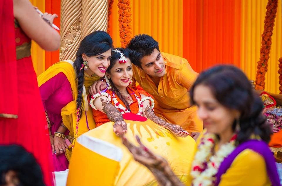 Pose for the camera! by Kuntal Mukherjee Photography Wedding-photography | Weddings Photos & Ideas