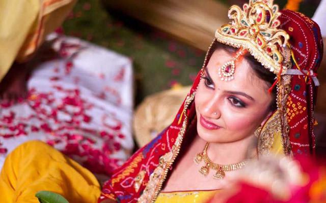 Traditionally bound! by Kuntal Mukherjee Photography Wedding-photography   Weddings Photos & Ideas