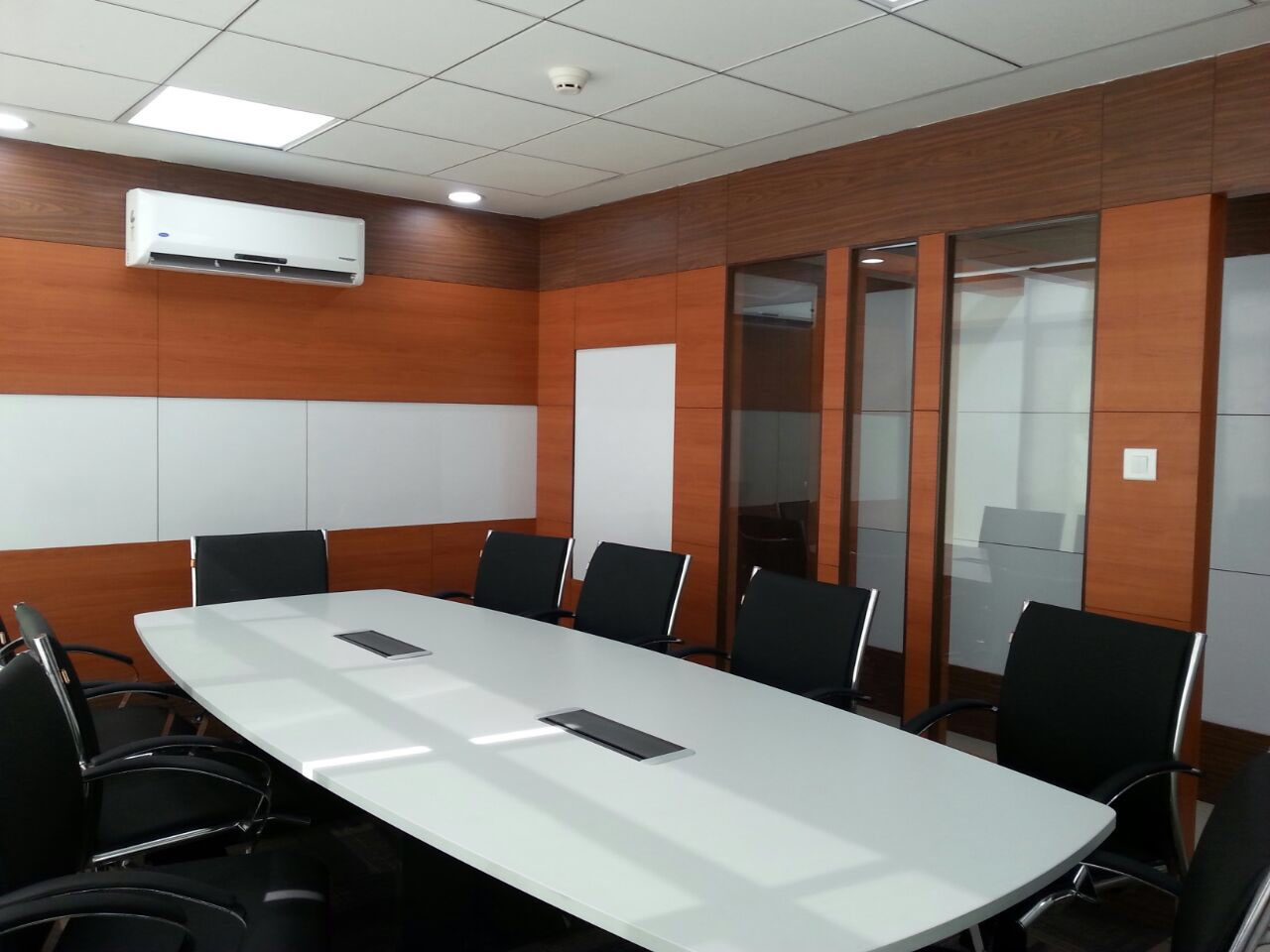 Trendy conference room decor by ShilpShala Modern | Interior Design Photos & Ideas
