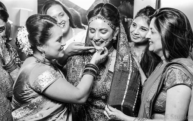 Giving  blessing in a moment of love by Flgroe Studios Wedding-photography | Weddings Photos & Ideas