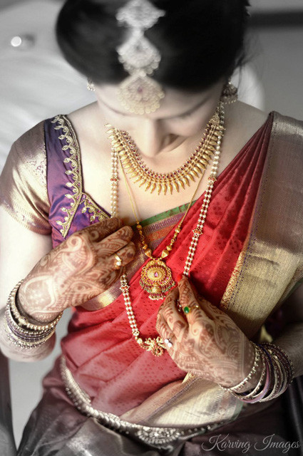 Beautiful monochrome shot portraying bride's gold jewelery by Karving Images Wedding-photography | Weddings Photos & Ideas