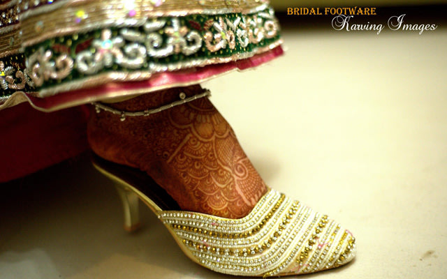 Stunning bridal foot wear by Karving Images Wedding-photography | Weddings Photos & Ideas