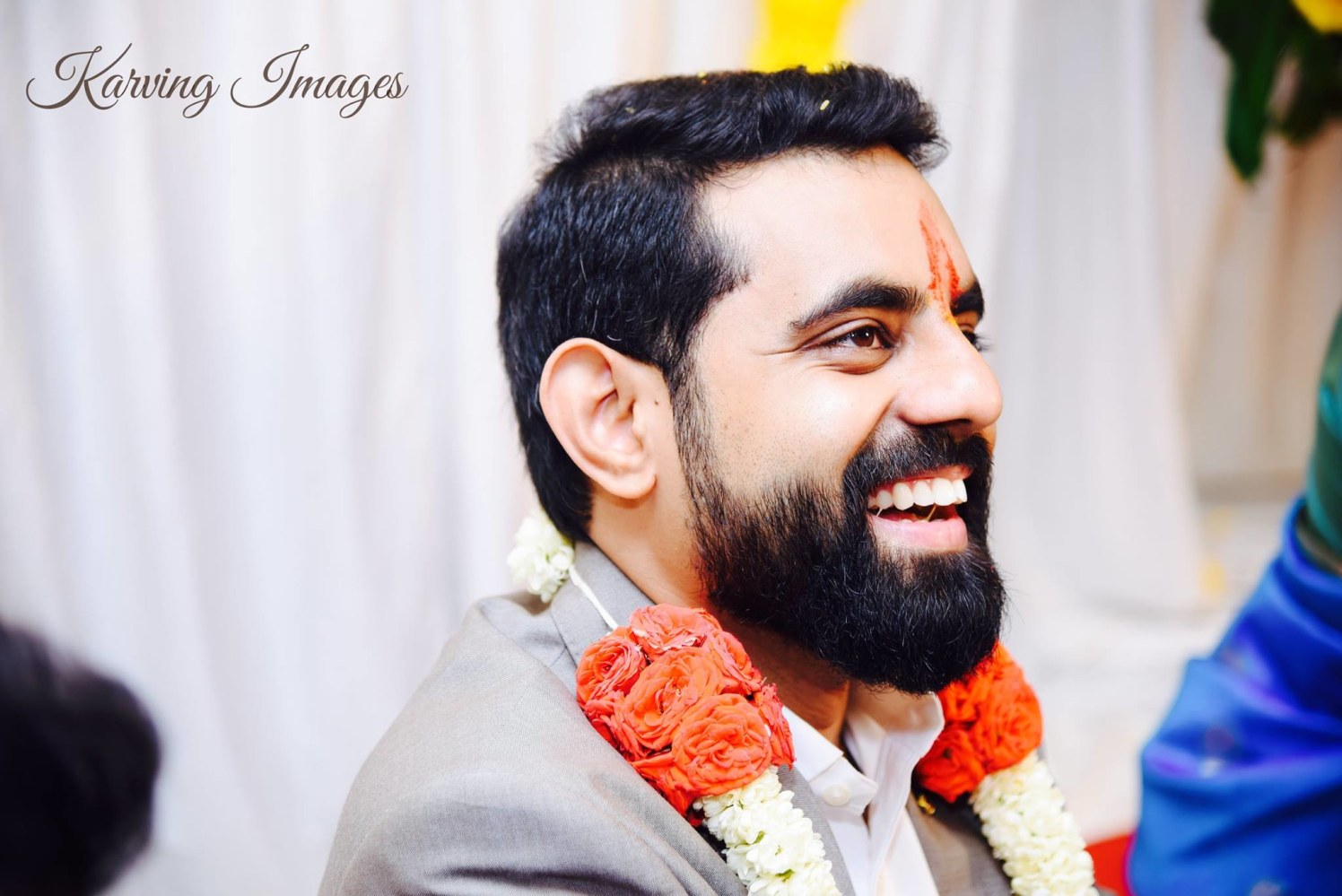 Mesmerising groom side pose by Karving Images Wedding-photography | Weddings Photos & Ideas