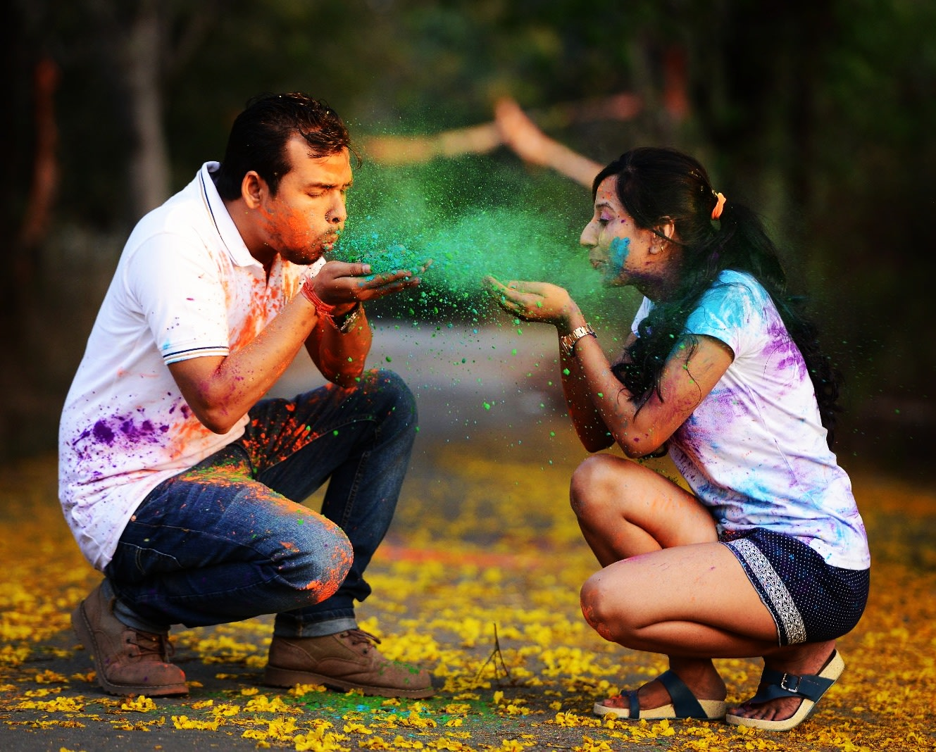 Bride and Groom To-Be Having Fun With Colours by Priyanka Wedding-photography | Weddings Photos & Ideas