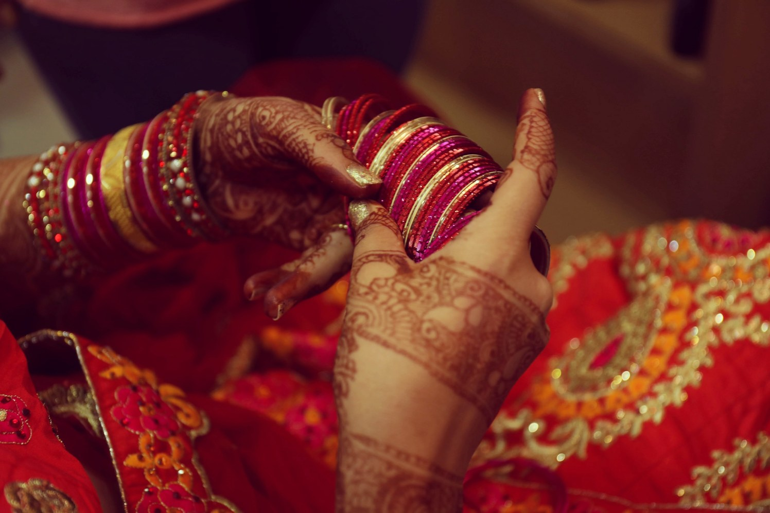 Bride Showing Her Bangles by Priyanka Bridal-jewellery-and-accessories | Weddings Photos & Ideas