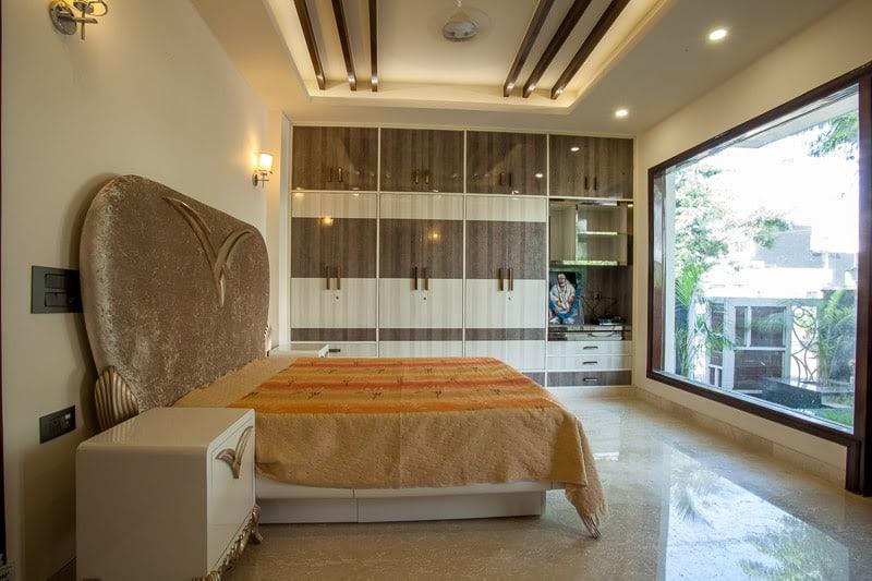 A Cream Coloured Modern Bedroom! by Metaphor Creators