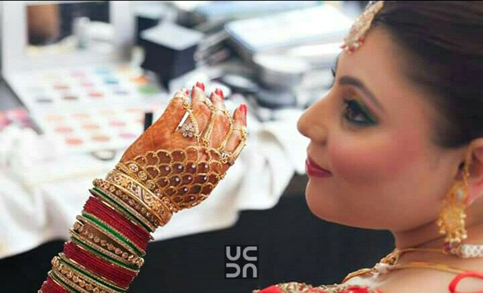 Bride Wearing Beautiful Gold Bridal Rings by Himanshu Chauhan Bridal-jewellery-and-accessories | Weddings Photos & Ideas