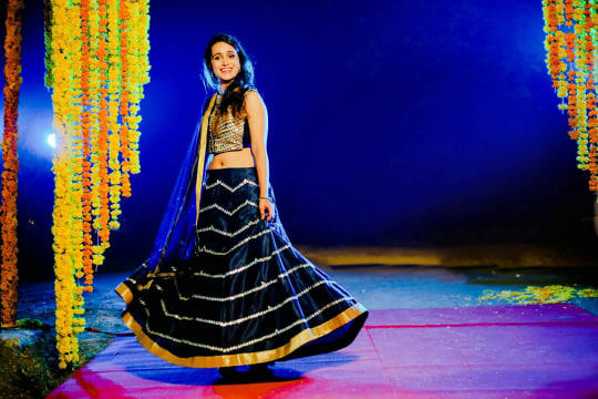 Bride Wearing Beautiful Black  and Golden Lehenga by Himanshu Chauhan Wedding-dresses | Weddings Photos & Ideas