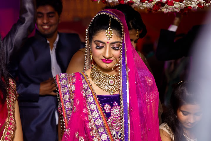 Bride Wearing Bold Makeup by Himanshu Chauhan Wedding-photography Bridal-makeup Bridal-jewellery-and-accessories | Weddings Photos & Ideas