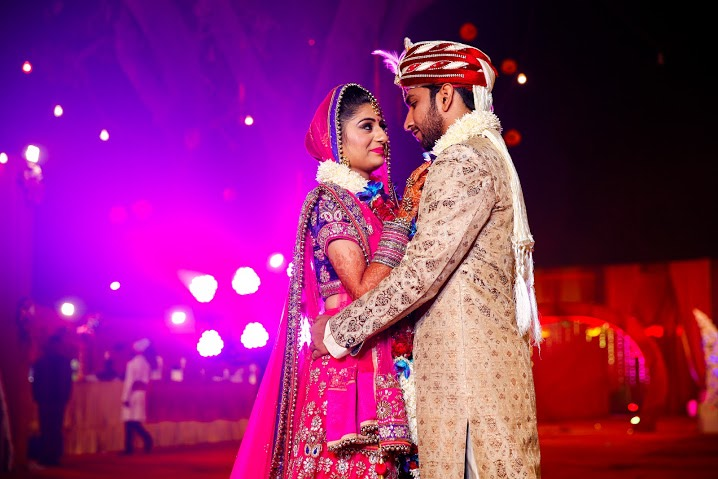 Bride and Groom Looking Regal in Traditional Wear by Himanshu Chauhan Wedding-photography | Weddings Photos & Ideas