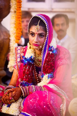 Bride Wearing Beautiful Kundan Jewelry by Himanshu Chauhan Wedding-photography | Weddings Photos & Ideas