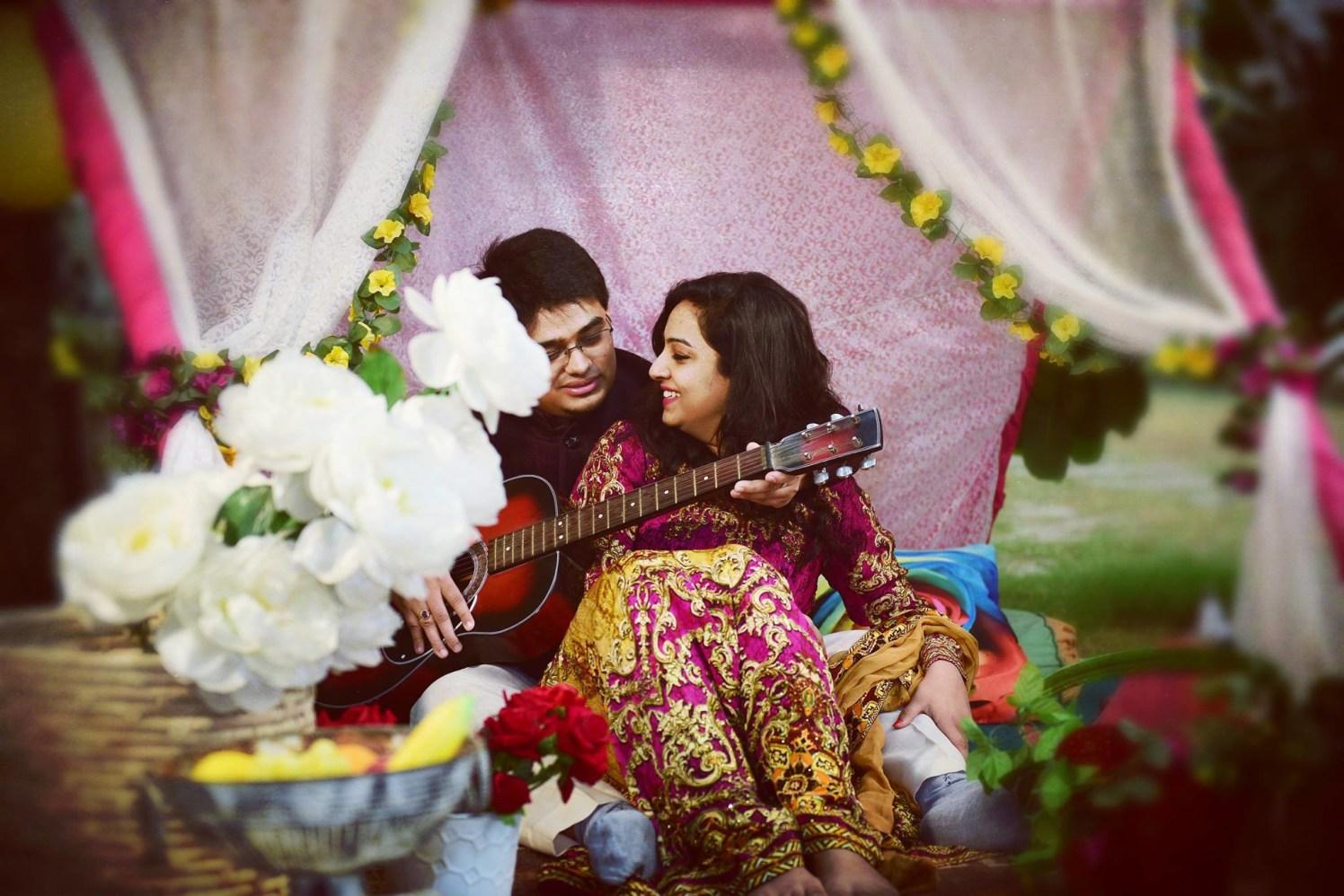 Romantic vibes pose by Himanshu's Lomography Wedding-photography | Weddings Photos & Ideas