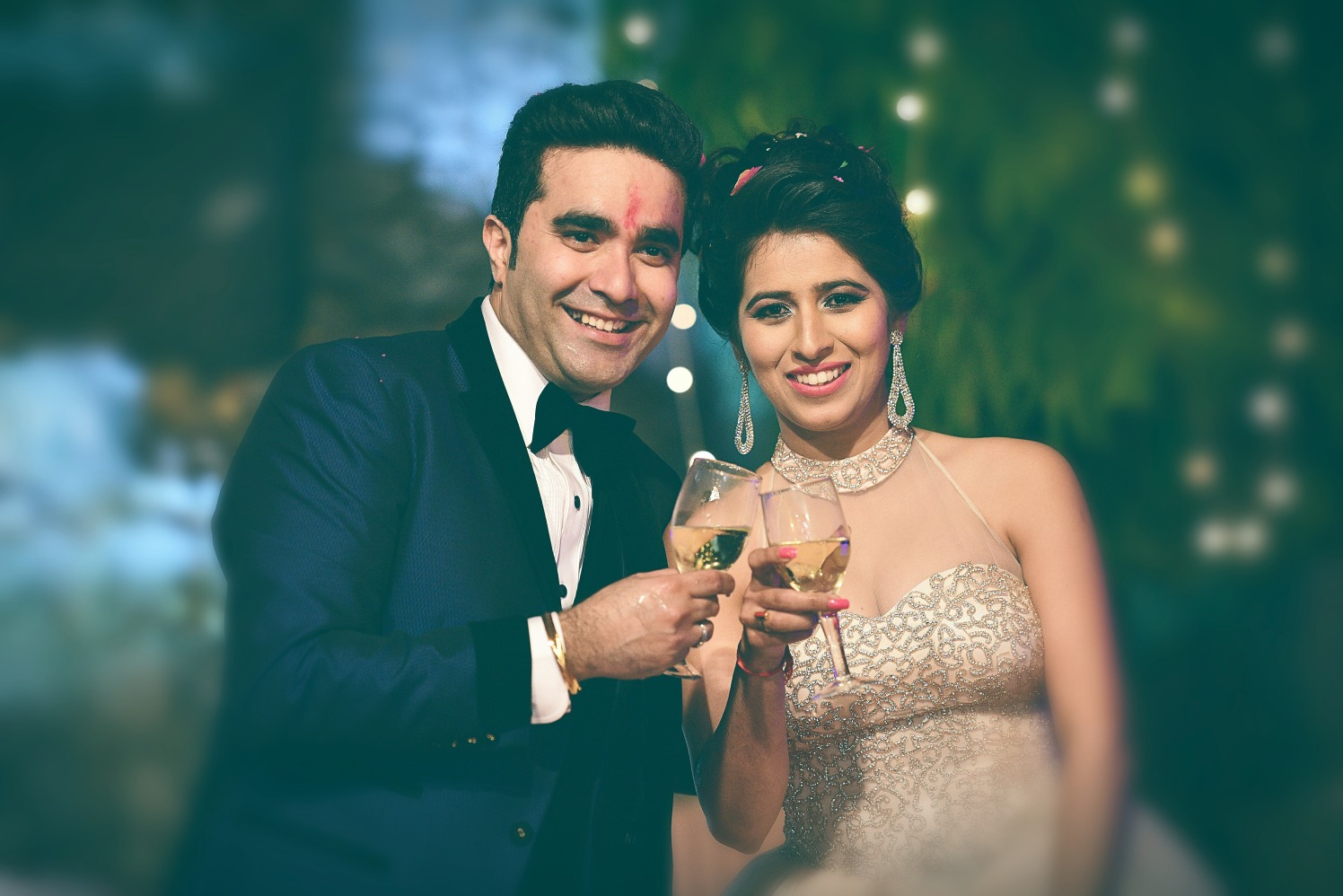 Classic wedding reception  pose by Himanshu's Lomography Wedding-photography | Weddings Photos & Ideas