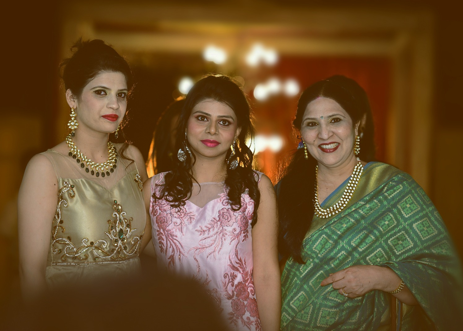 Bride With Her Family Shot by Himanshu Chauhan Wedding-photography | Weddings Photos & Ideas