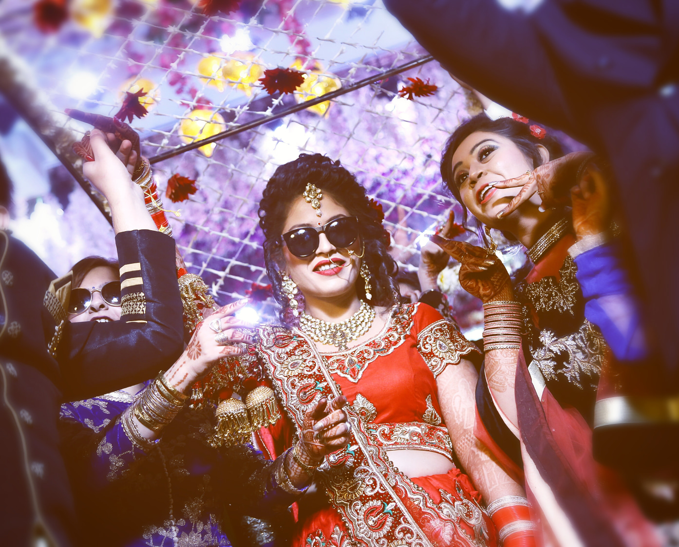 Chic bride pose with shades by Himanshu's Lomography Wedding-photography | Weddings Photos & Ideas