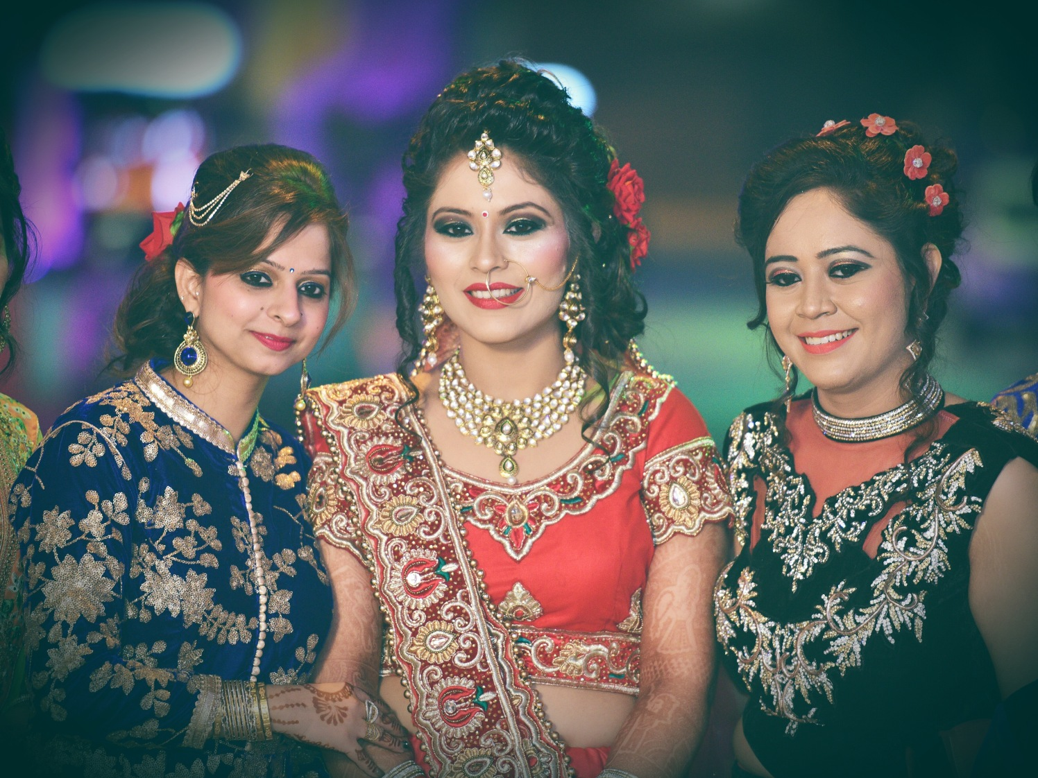 Beautiful bride and friends of the bride pose by Himanshu's Lomography Wedding-photography | Weddings Photos & Ideas