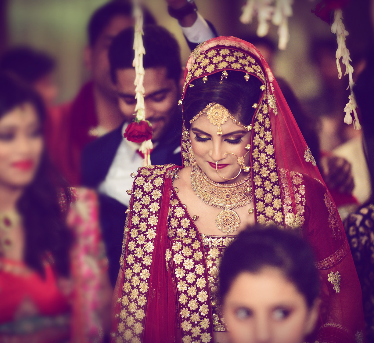 Graceful Entry of the Bride by Himanshu Chauhan Wedding-photography | Weddings Photos & Ideas