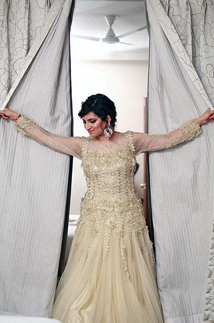 Gorgeous bride-to-be pose by VK Pro Clicks Wedding-photography | Weddings Photos & Ideas