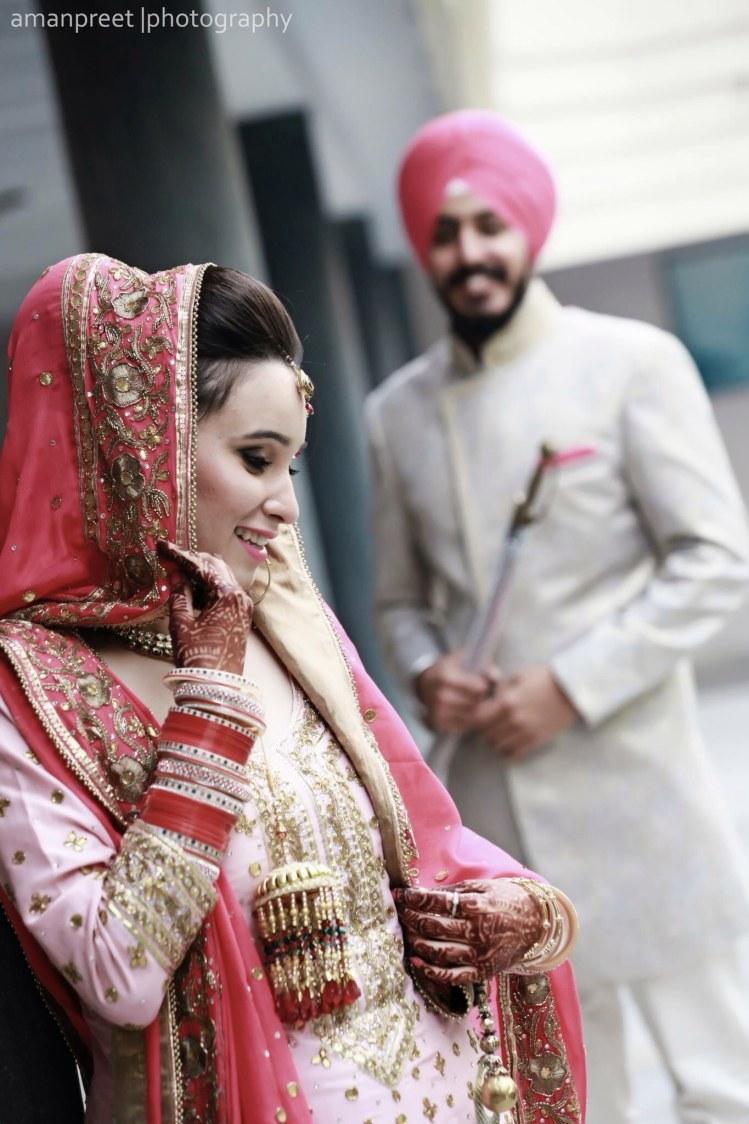 Bride Wearing Bold Eye Makeup by Amanpreet Kaur Wedding-photography | Weddings Photos & Ideas