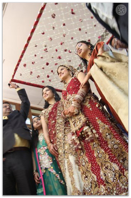 Graceful entry of the bride by Jatin Singh Photography and Films Wedding-photography | Weddings Photos & Ideas