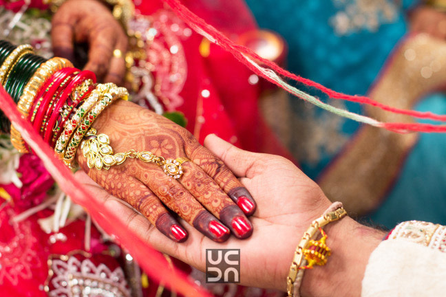 Beautiful hand shot of the bride by Photography  Wedding-photography | Weddings Photos & Ideas