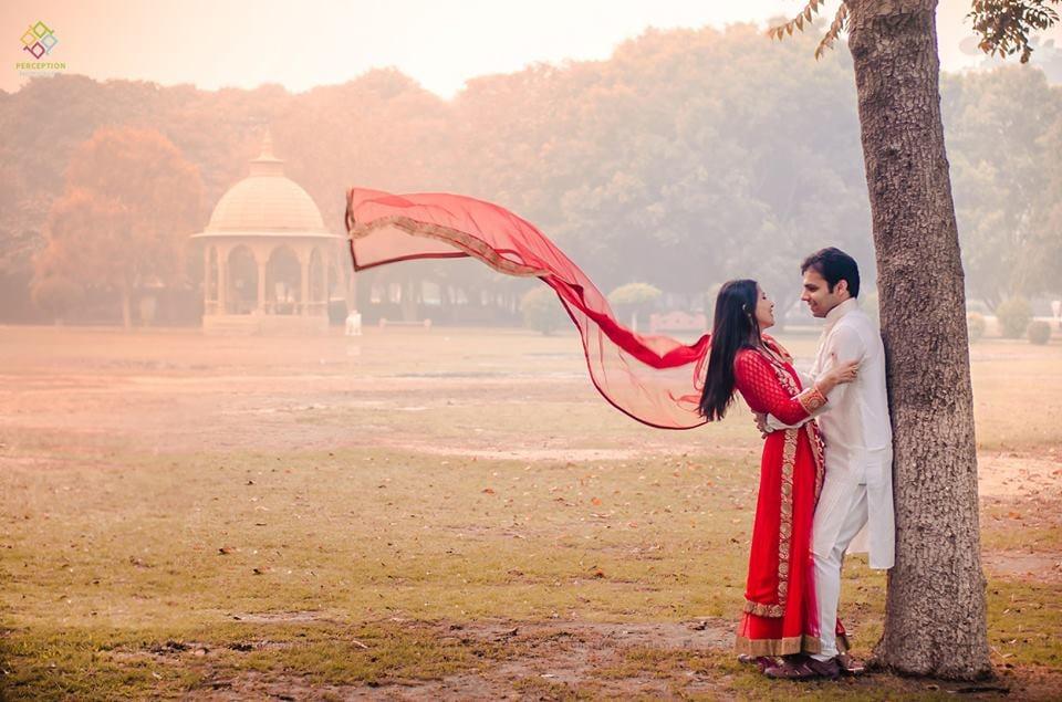 An Stunning Couple Portrait On Pre Wedding Shoot by Anuj Sharma Wedding-photography Wedding-dresses | Weddings Photos & Ideas
