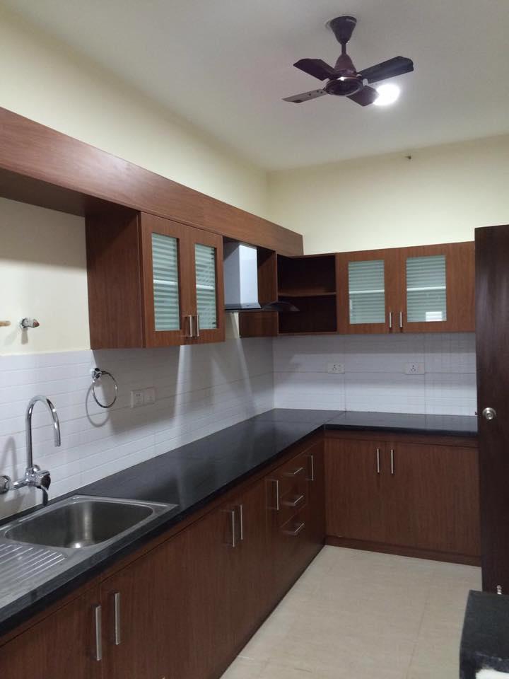 Simple Modular Kitchen With Walnut Color Cabinets by Craftmen Studio Modular-kitchen Modern | Interior Design Photos & Ideas