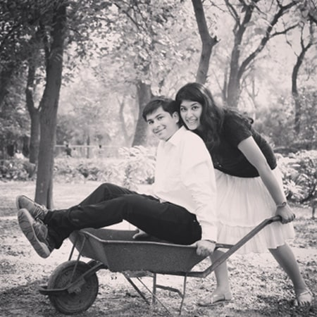 Black And White Fun Stylized Pre-Wedding Shoot by Paramjeet Singh Dhanjal Wedding-photography | Weddings Photos & Ideas
