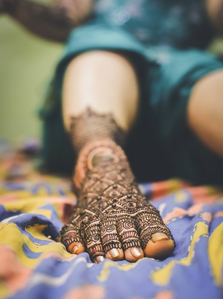 Mehendi feet! by Memoirs by Paramjeet Singh Dhanjal Wedding-photography | Weddings Photos & Ideas