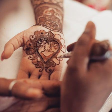 Elegant Arabic Mehendi Design by Paramjeet Singh Dhanjal Bridal-mehendi | Weddings Photos & Ideas