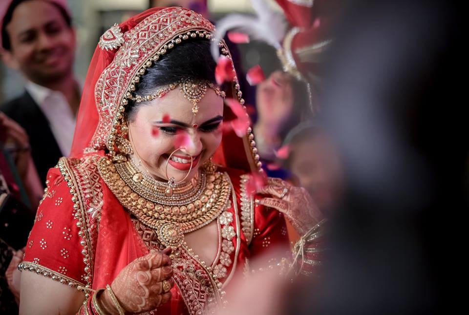 Captivating Glimpse Of Charismatic Bride Being Showered By Rode Petals by Paramjeet Singh Dhanjal Wedding-photography | Weddings Photos & Ideas
