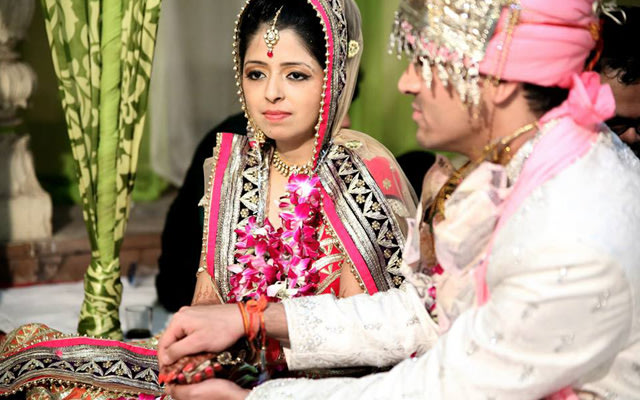 Pink hues! by Memoirs by Paramjeet Singh Dhanjal Wedding-photography | Weddings Photos & Ideas