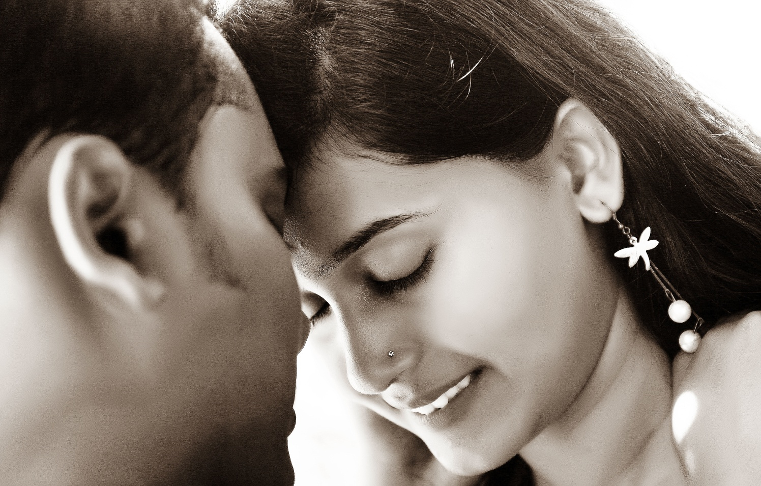 Beautiful couple by Jinen Shah Photography Wedding-photography   Weddings Photos & Ideas