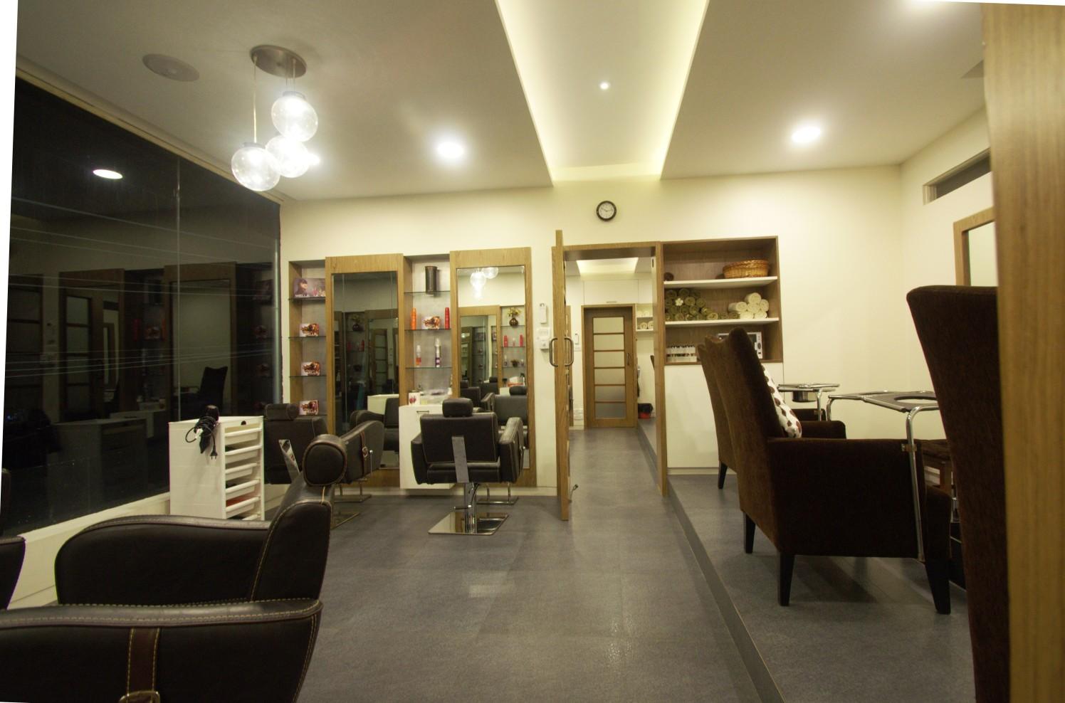 Spa and Salon by inspace design Contemporary | Interior Design Photos & Ideas