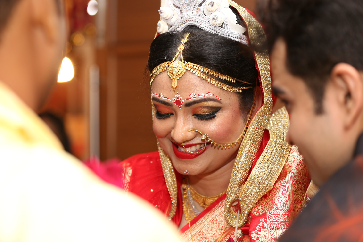 Gold mathapatti! by Dhwani Digital Vision Photography Wedding-photography | Weddings Photos & Ideas
