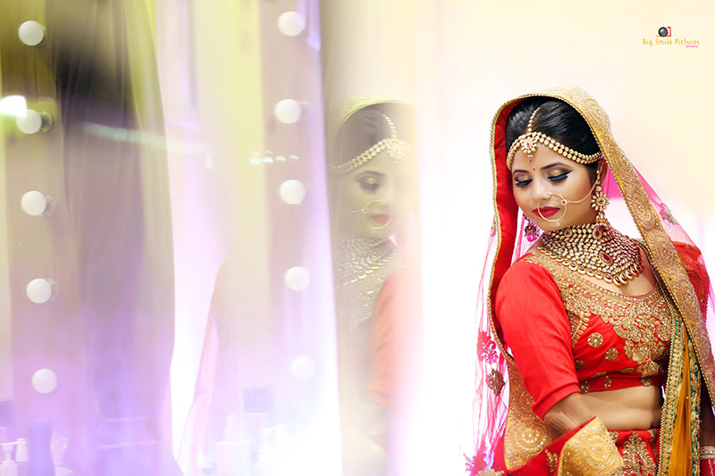Beautiful Bride Wearing Polki Kundan Jewellery by Mukesh bijalwan  Wedding-photography Bridal-makeup Bridal-jewellery-and-accessories | Weddings Photos & Ideas