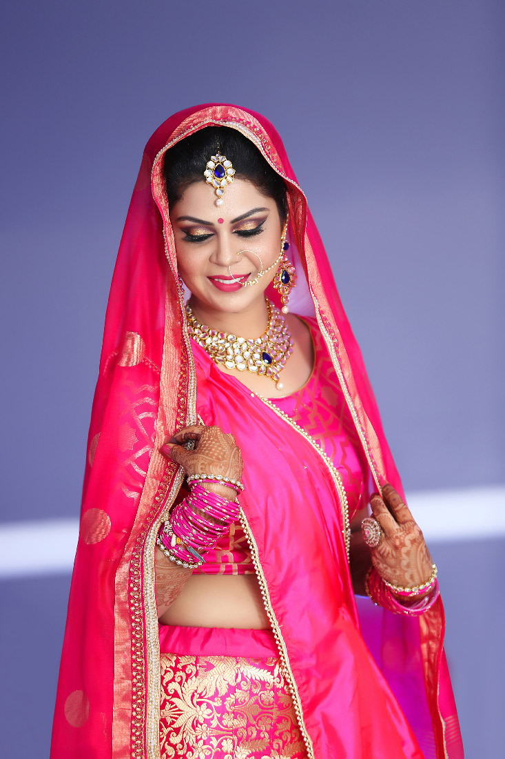 Bride Wearing A Simple Pink Lehenga by Mukesh bijalwan  Wedding-photography Bridal-makeup Bridal-jewellery-and-accessories | Weddings Photos & Ideas